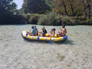 paradise rafting club 2