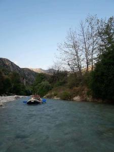 paradise rafting club 9