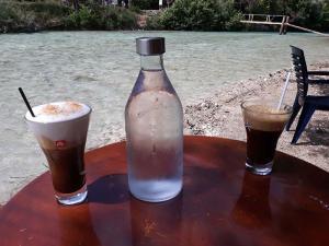 cafe-bar-taverna-o sotiris-axerontas-17