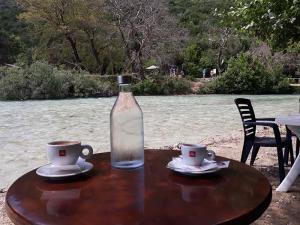 cafe-bar-taverna-o sotiris-axerontas-19